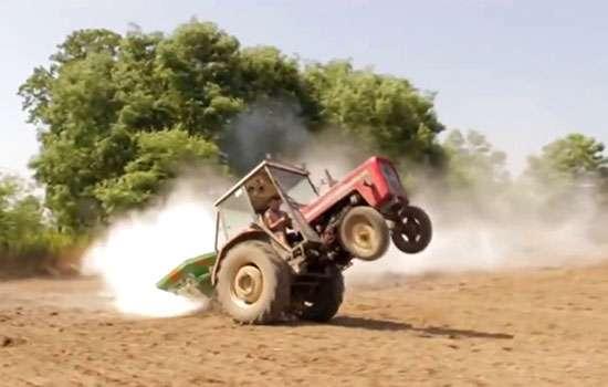 Tapeta obrazu najlepszych filmów rolniczych z Traktorami i Kombajnami ciągnik Ursus Zetor Bizon John Deere www.korbanek.pl