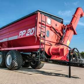 Przyczepa PP 20 firmy Metaltech o ładowności 20 ton tandemowa do przeładunku zboża