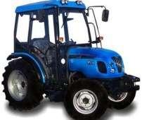 Ciągnik LS R60 sadowniczy pokazany od boku
