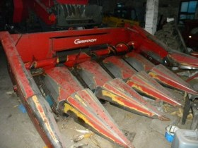 przystawka Geringhoff 5 rzędowa 1993 r używana czerwona stan techniczny dobry garażowana