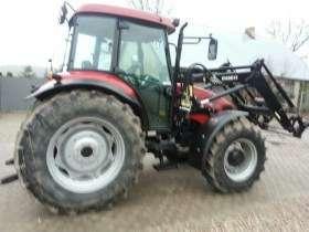 Używany ciągni rolniczy z ładowaczem czołowym CASE JX 95