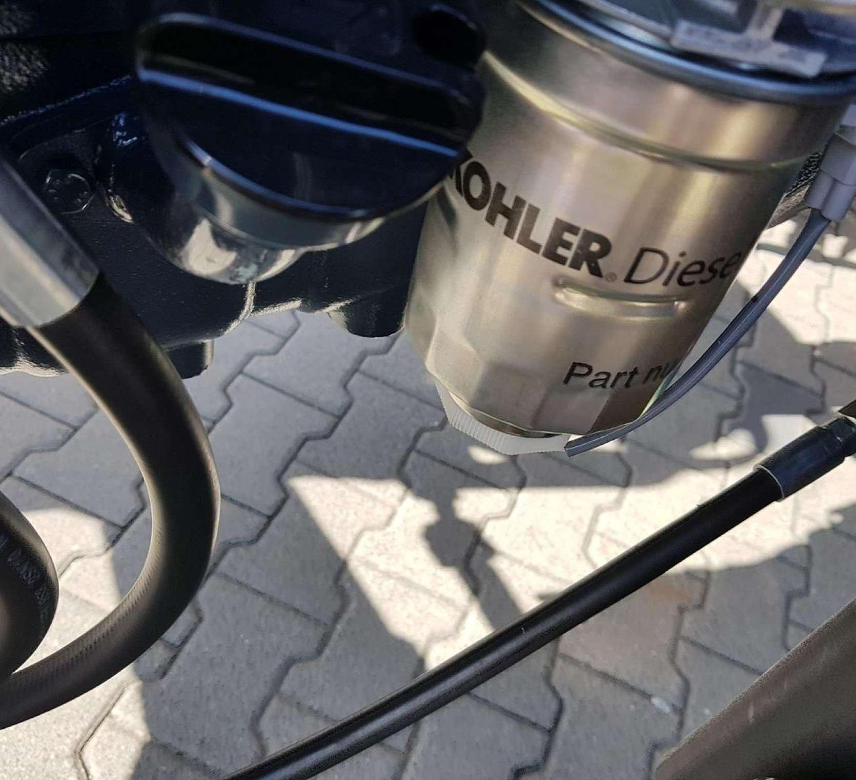 filtr odchodzacy od znakomitego silnika nominowanego do nagrod kohler amerykanskiej firmy