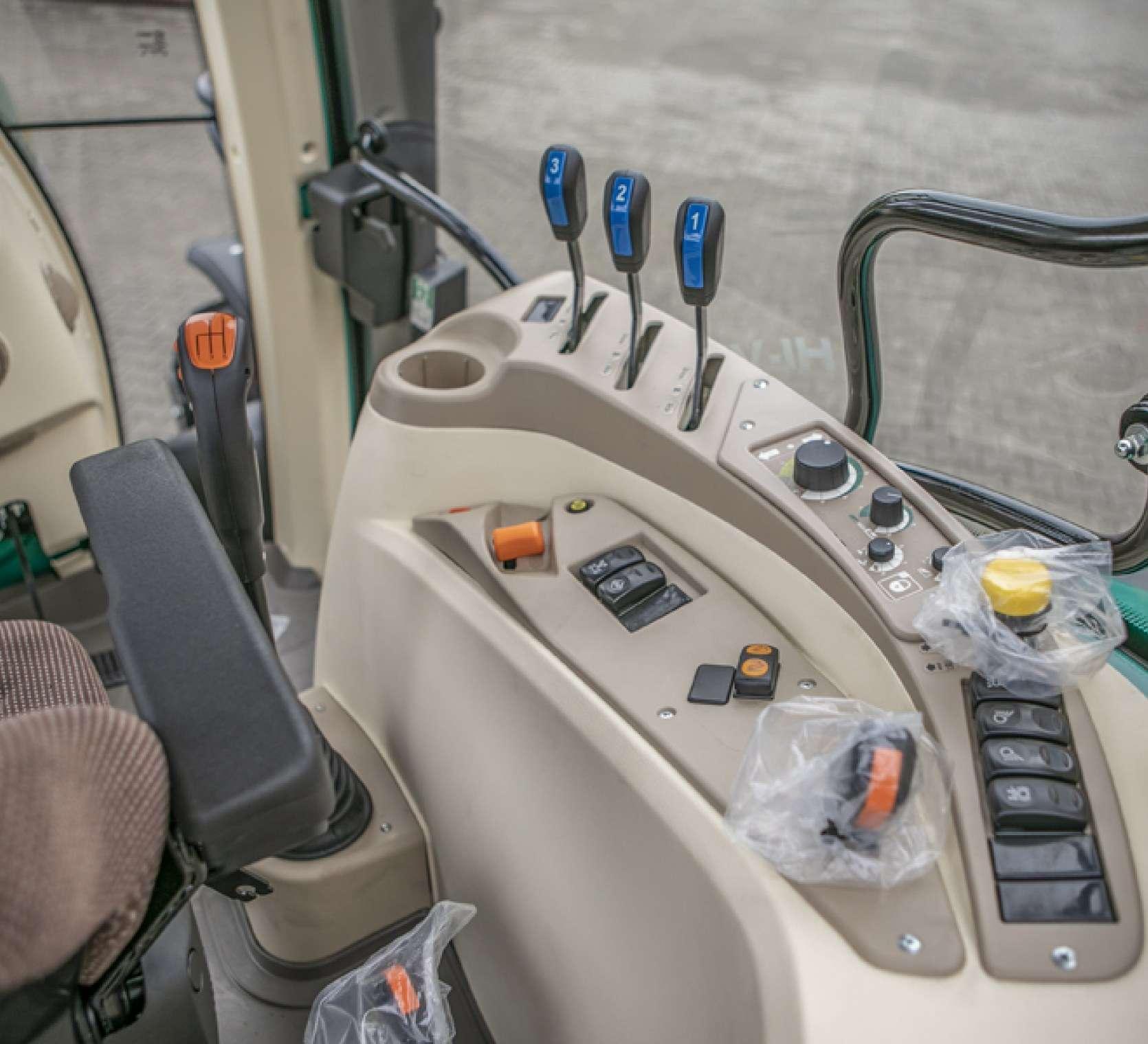 Panel sterowania wyjścia hydrauliczne WOM gaz ręczny arbos 5100 advanced