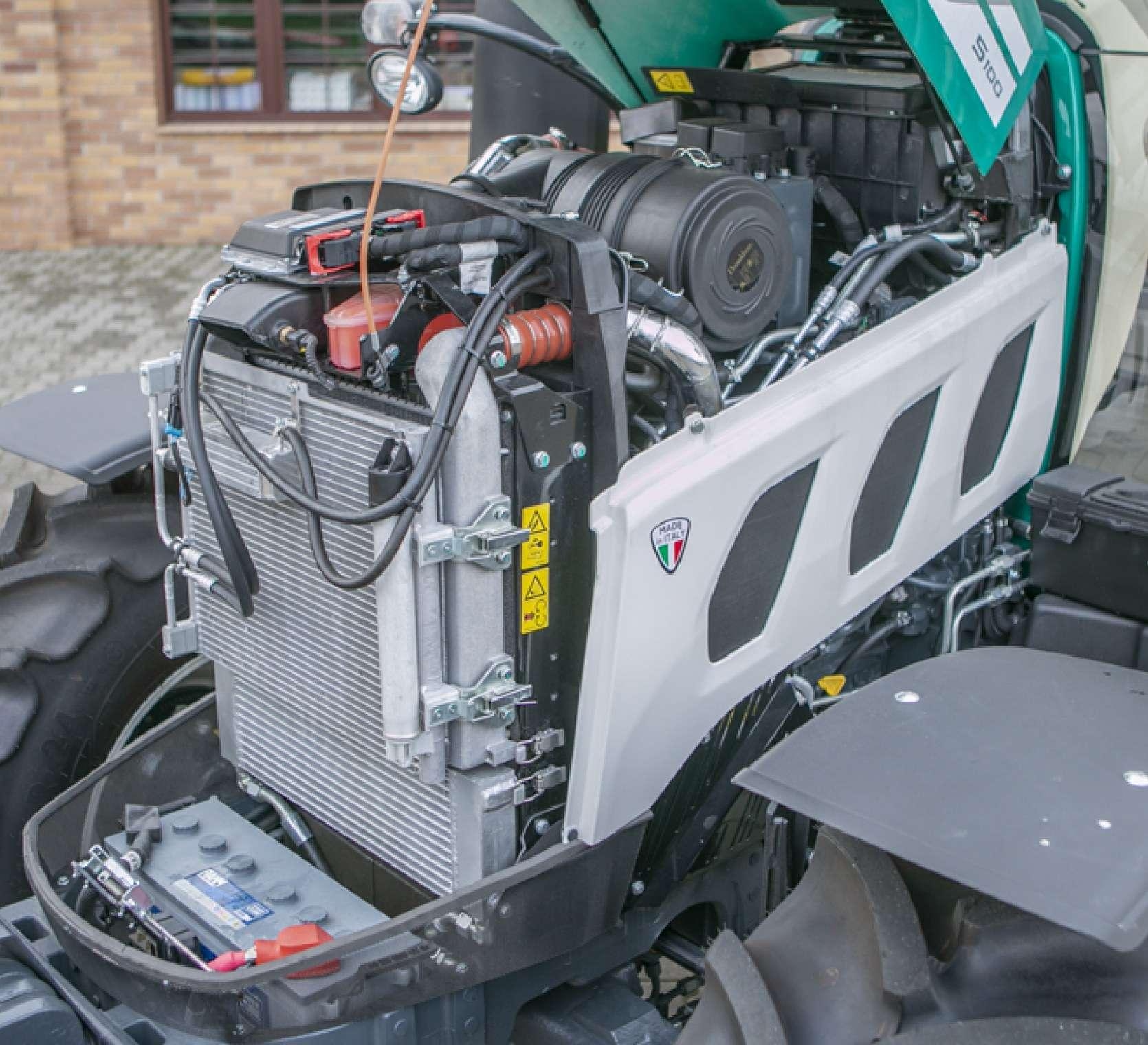 Silnik Kohler w traktorze Arbos 5100 advanced