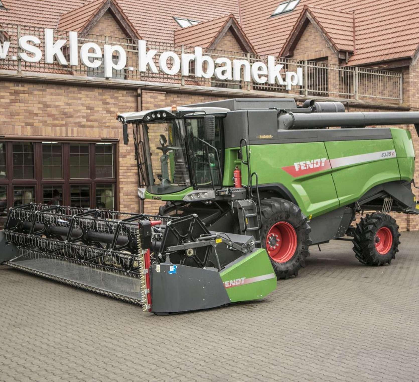 Kombajn używany do zbioru zbóż Fendt 6335 z silnikiem AGCO POWER o mocy silnika z Boost 265 kW/360 KM