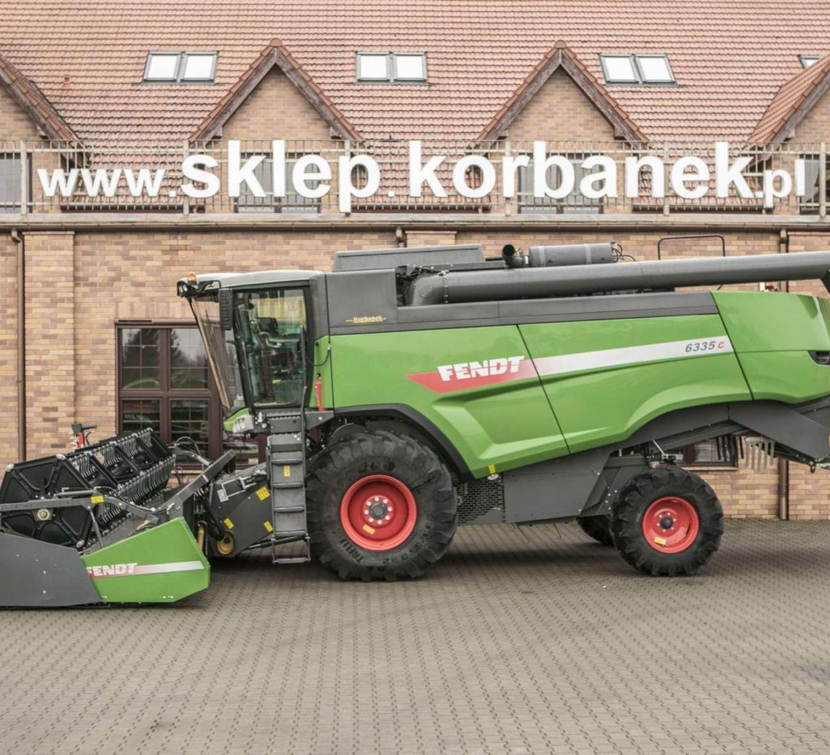 Zielony Fendt 6335 używany kombajn do zbioru zbóż