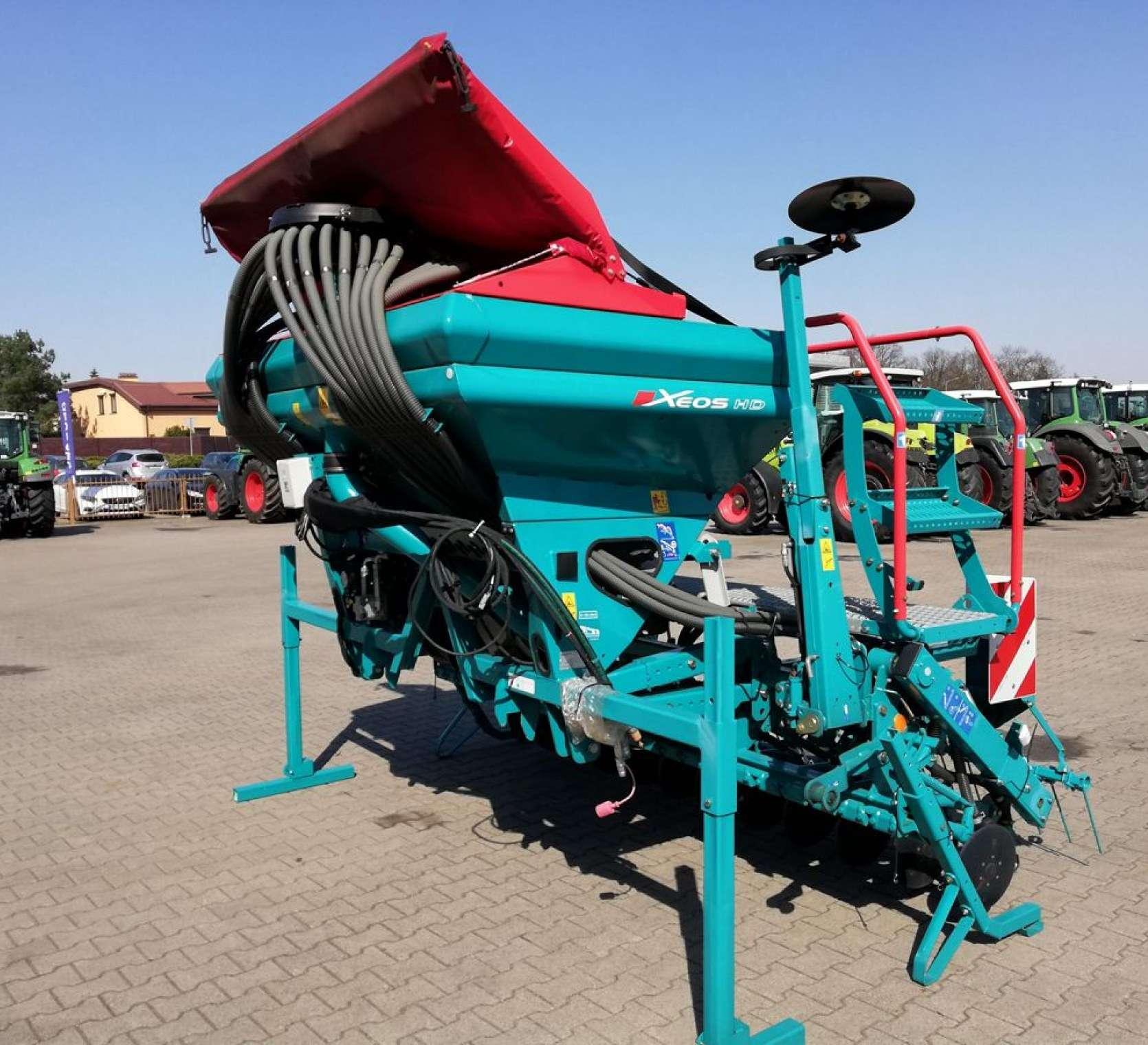 Siewnik nabudowany zbożowy pneumatyczny Sulky Xeos 3 metry
