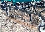 Siewnik Arbos Direkta w trakcie pracy, sekcje UST pracujące w glebie