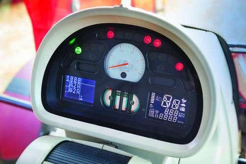 Licznik motogodzin w ciągniku Massey Ferguson 6600