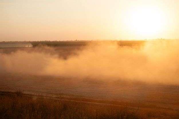 zachód słońca na polu Korbanek