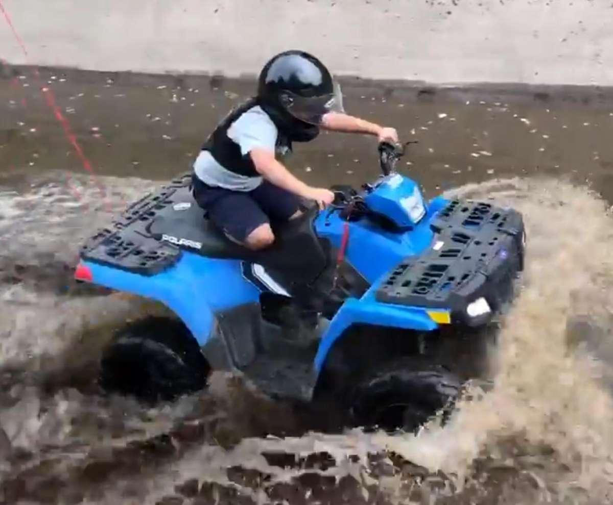 Sportsman 110 Polaris kolor niebieski felgi stalowe światła z przodu pojazdu Quad dla dzieci