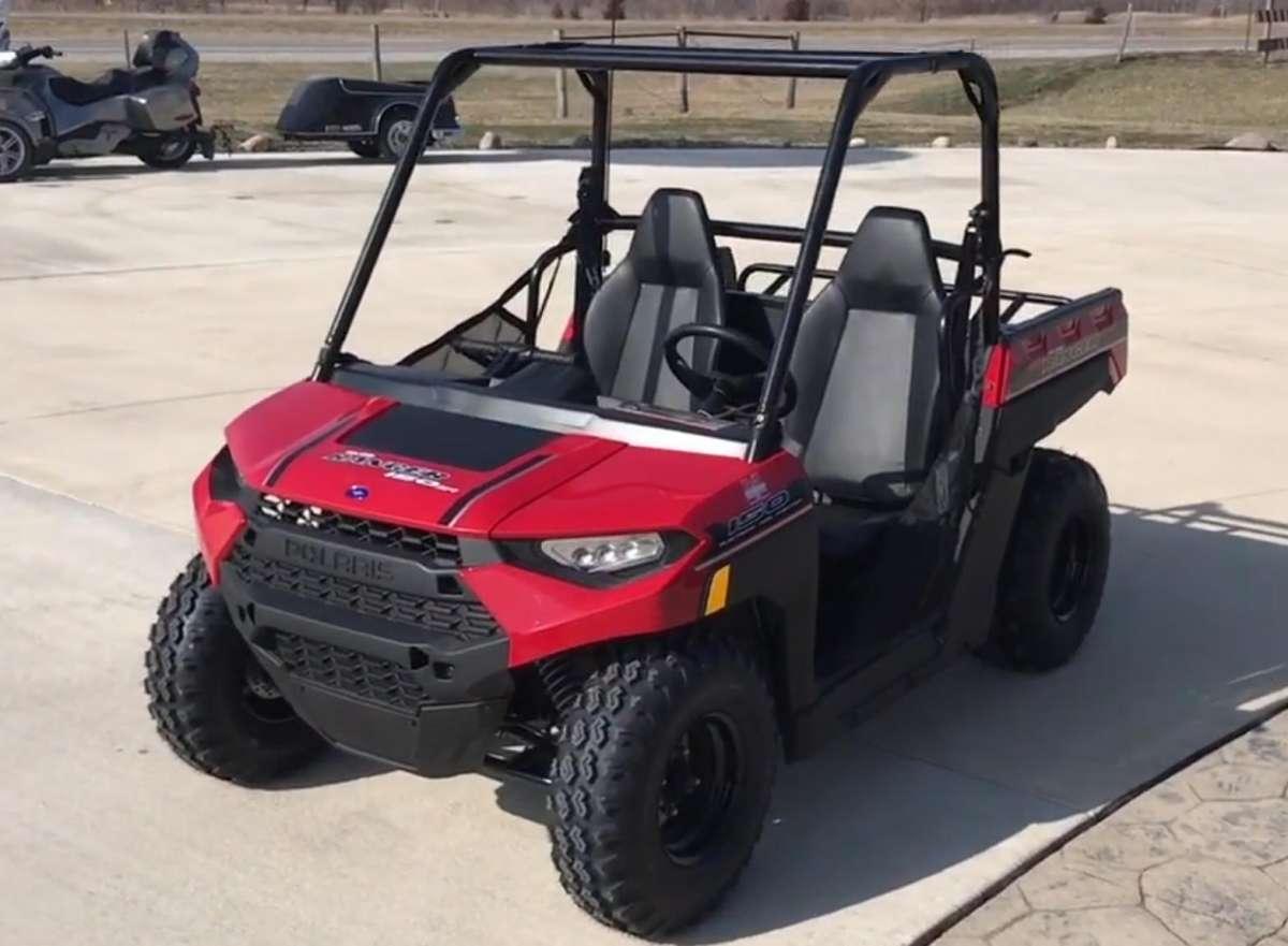 Ranger Polaris 150 pojazd dla dzieci bezpieczny quad z klatka ochrona kolor czerwony pasy beieczenstwa