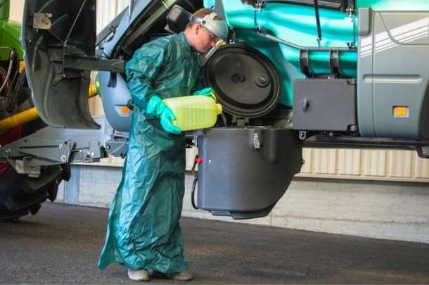 Rozwadniacz środków chemicznych opryskiwacza Berthoud Vantage