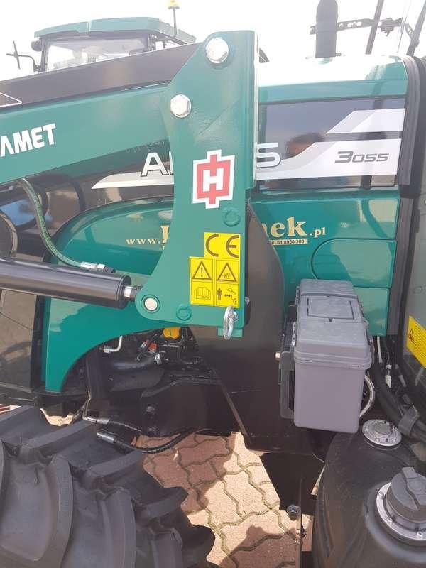 Konstrukcja wsporcza co ciągnika rolniczego firmy Hydramet