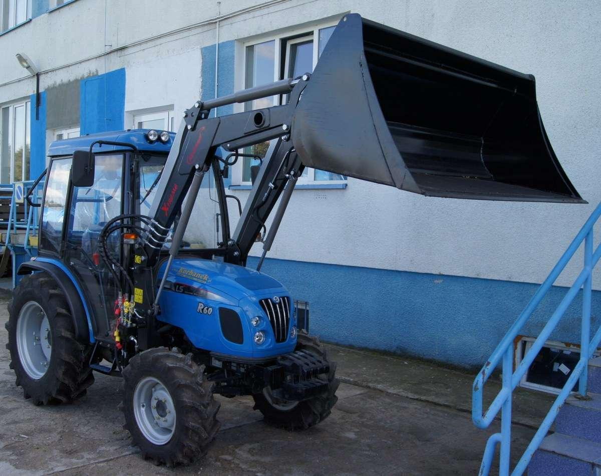 Zdjęcie przedstawiające  najmniejszy ładowacz z serii Xtreme - seria S, sprzedawany przez korbanek.pl.