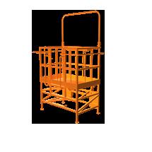 Platforma robocz firmy Kramer od firmy Korbanek kopatybilnaz wszyskimi ładowarkami Kramer dzieki zastosowanej ramce narzędziowej