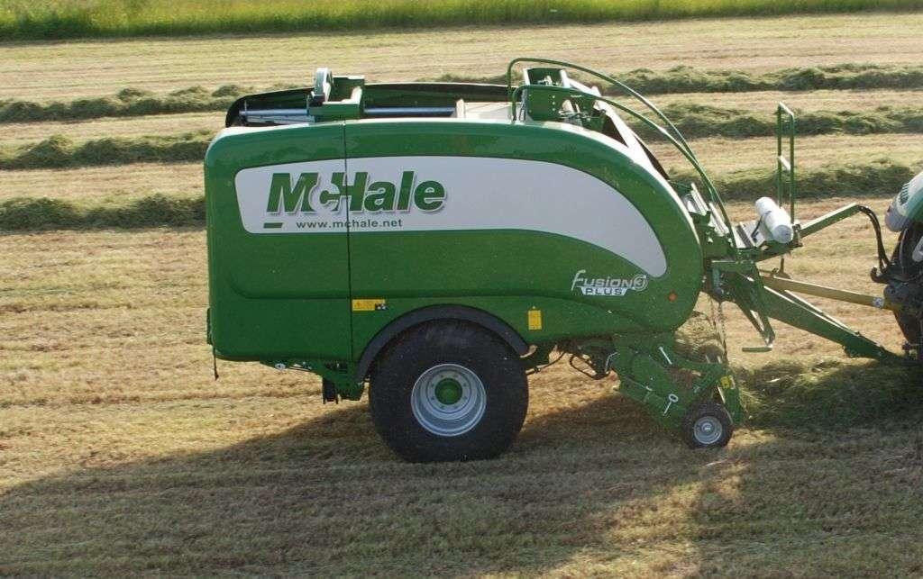 Prasoowijarka stałokomorowa McHale Fusion3 Plus zbiór trawy
