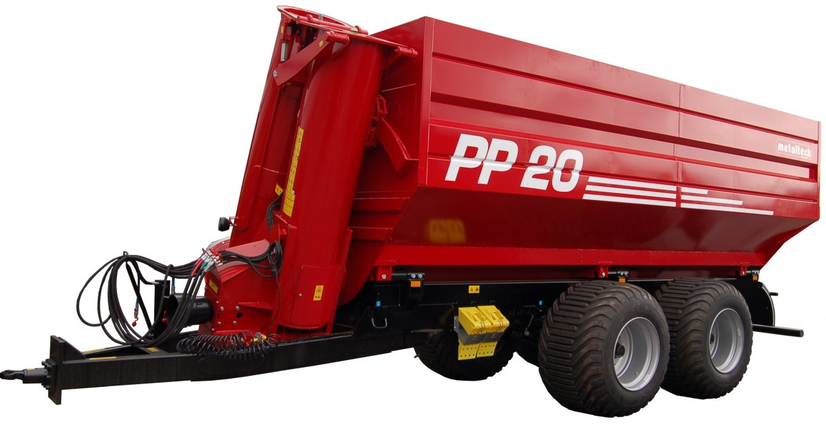 Przedstawione na fotografii zdjęcie przyczepy Metaltech PP20 służą do transportu zboża lub kukurydzy od kombajnów do samochodów z jednoczesnym ważeniem.