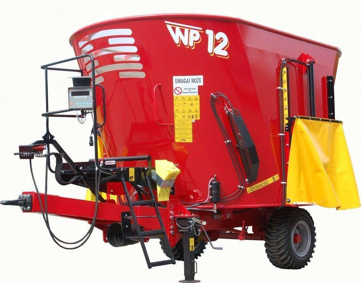 Fotografia, na której prezentowany jest wóz paszowy  firmy Metaltech z 1 mieszadłem