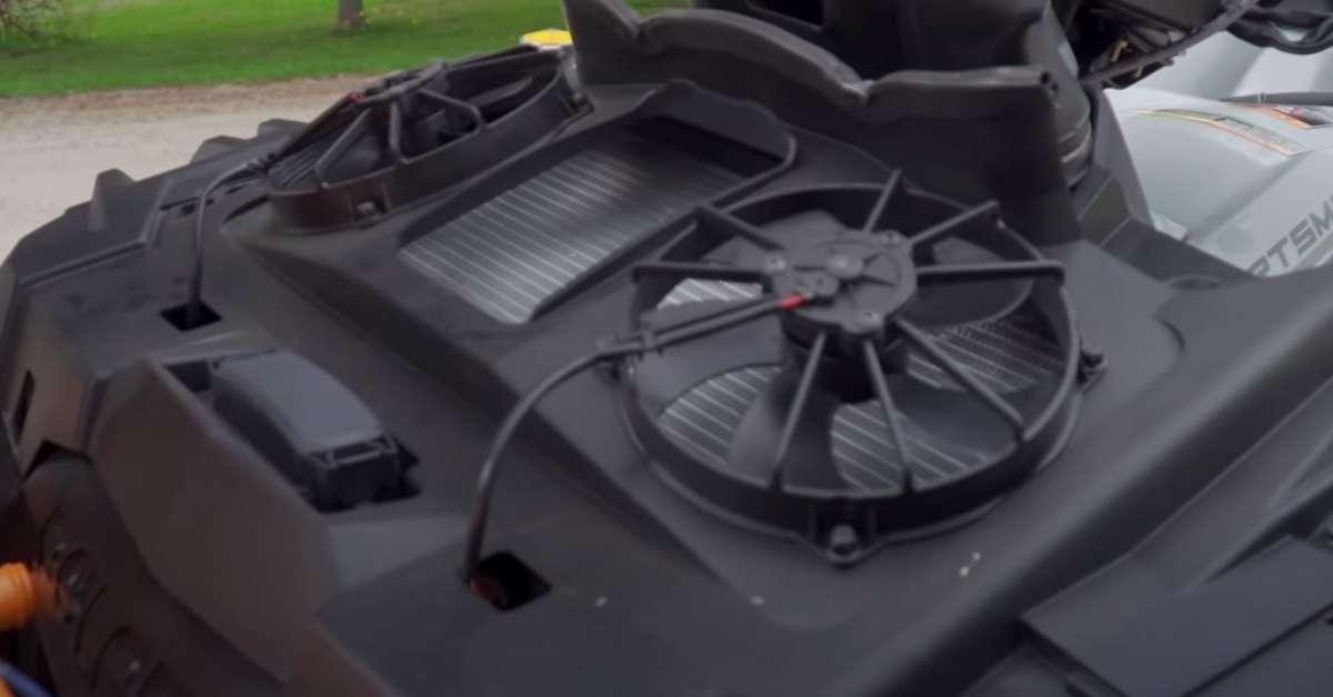 Polaris Sportsman XP 1000 BLACK z silnikiem pro star