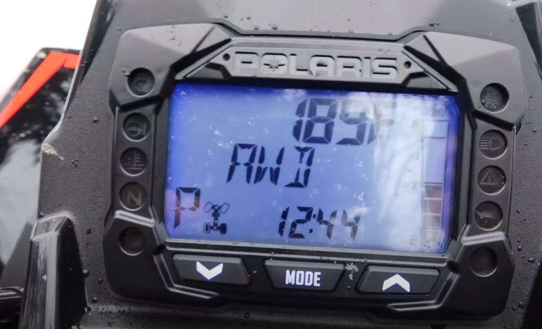 Elektroniczne wspomaganie kierownicy w Polaris Scrambler XP 1000