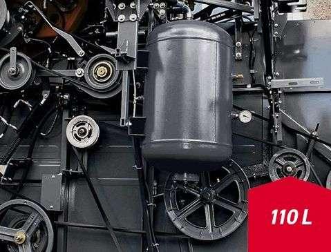 sprężarka powietrza ze zbiornikiem o pojemności 110 l kombajn Acros Rostselmash