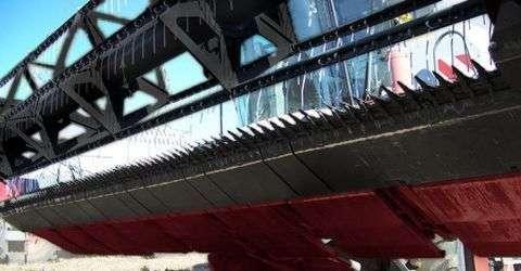 przezbrojenie hederu do zbioru soji w kombajnie Rostselmash Vector 425