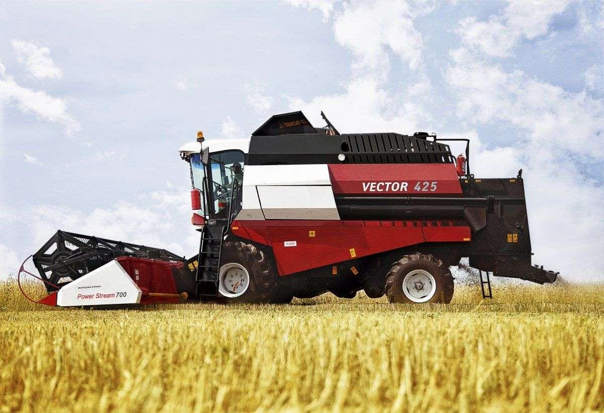 Rostselmash Vector 425 zdjęcie z boku na polu