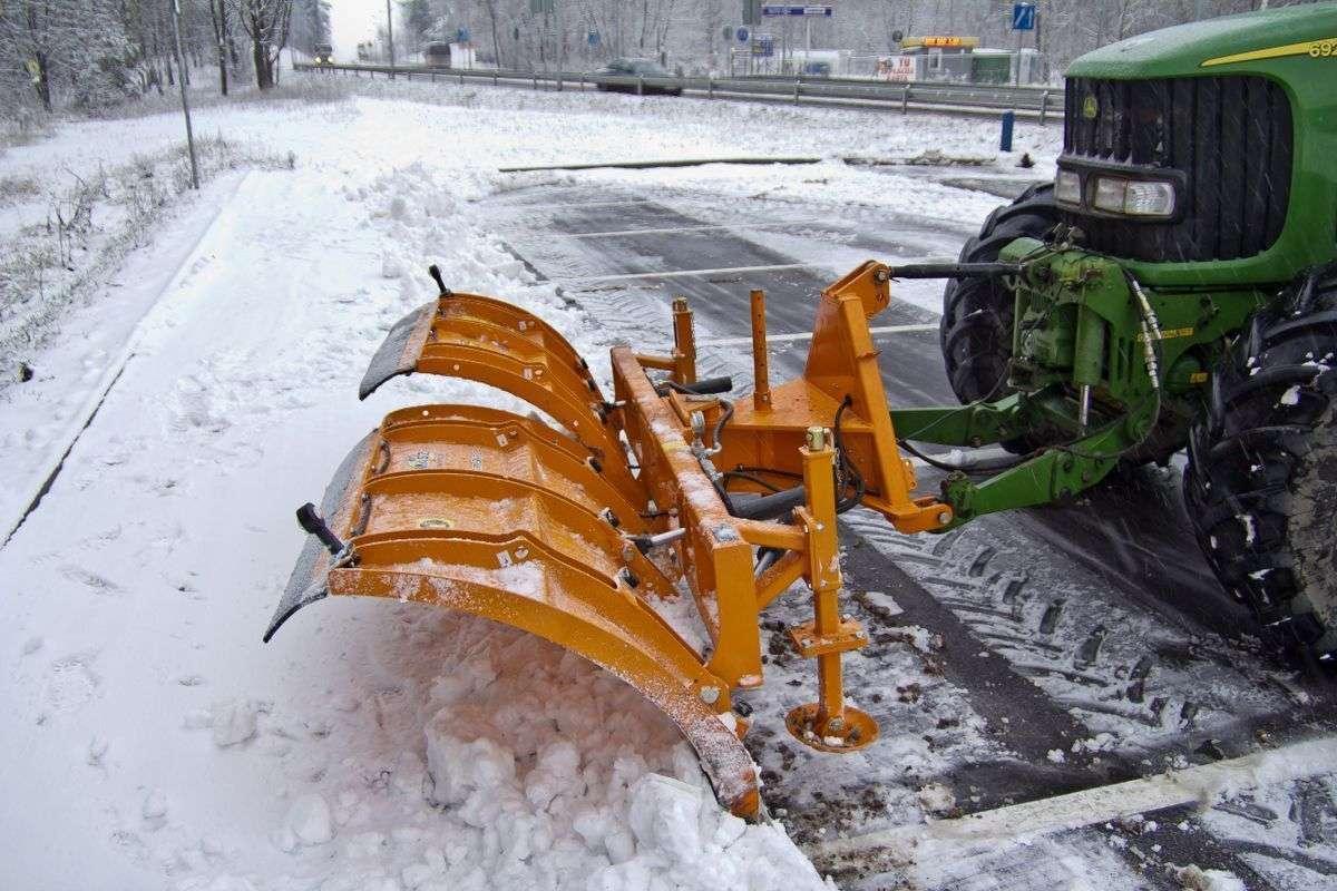 STORM firmy SAMASZ Pług do śniegu